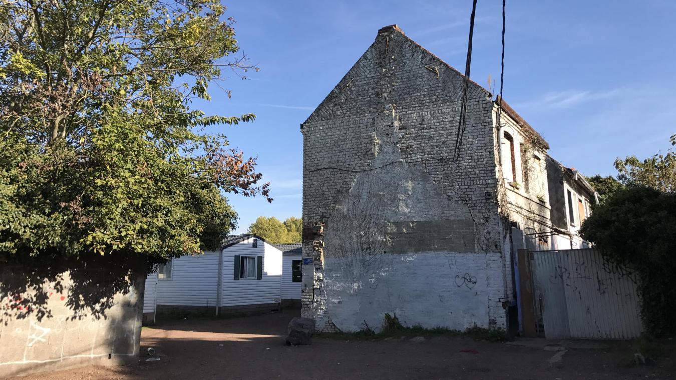 Les trois mobil-homes sont installés depuis début 2009 au calme, un peu en retrait de la rue de la Jappe. Ils ont accueilli trente familles en quasiment dix ans.