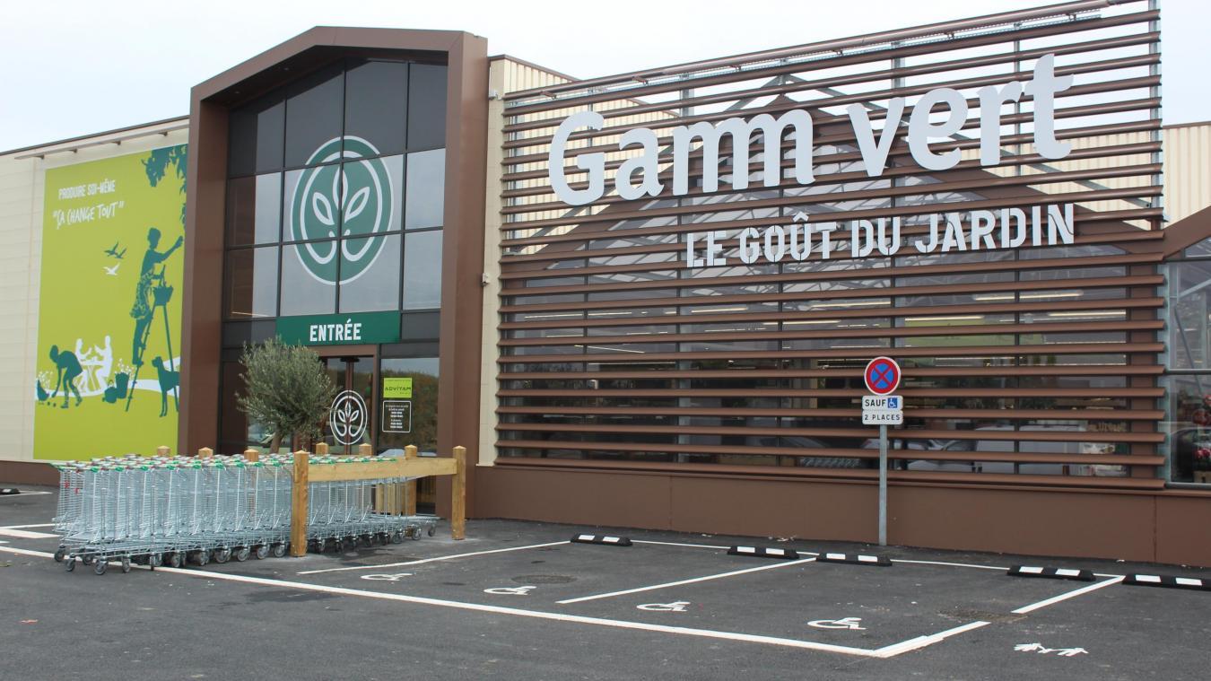 estaires de bons debuts pour le nouveau magasin gamm vert