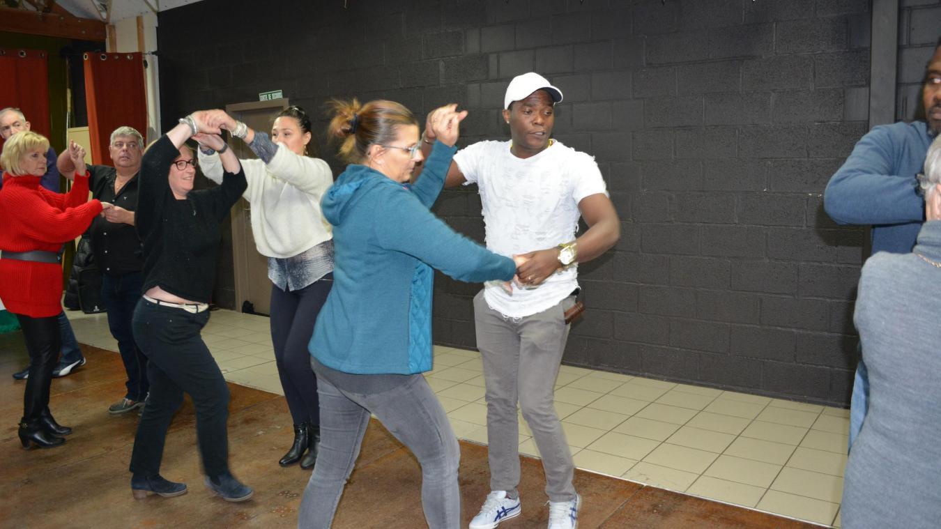 apprendre a danser la salsa a chereng c est possible avec un vrai cubain