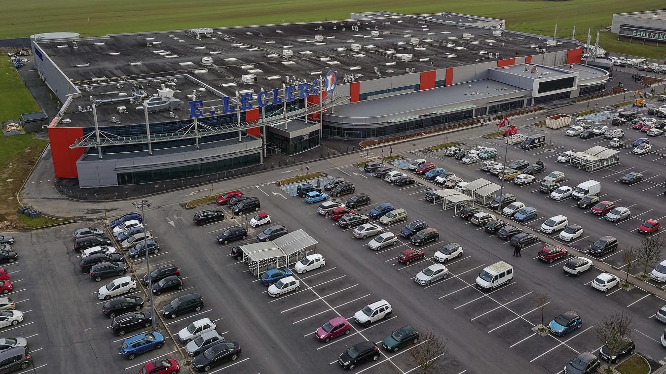 un cinema en drive in gratuit ce week end sur le parking de leclerc caudry
