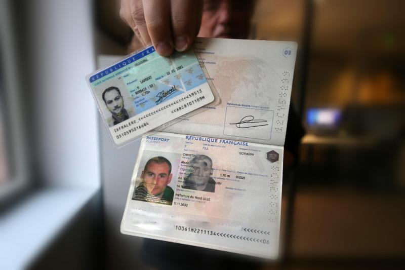 demarches administratives papiers d identite permis carte grise la grande bascule vers internet