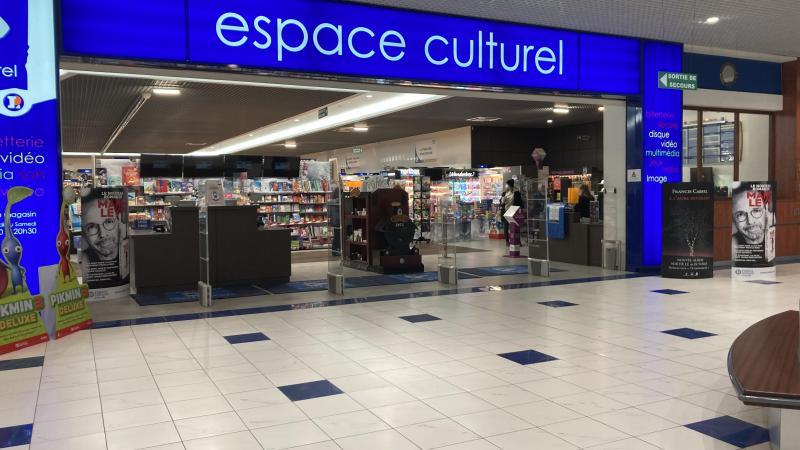 boulonnais l espace culturel leclerc et la fnac restent ouverts les librairies sur la touche