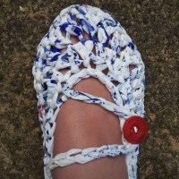 Crochet slippers made with T-shirt yarn