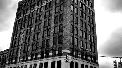 downtown-pontiac-building
