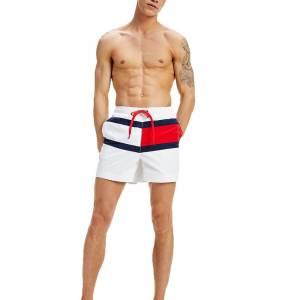 Tommy Hilfiger plavky pánske šortky kúpacie Flag Panel Swim Shorts YCD biele_02