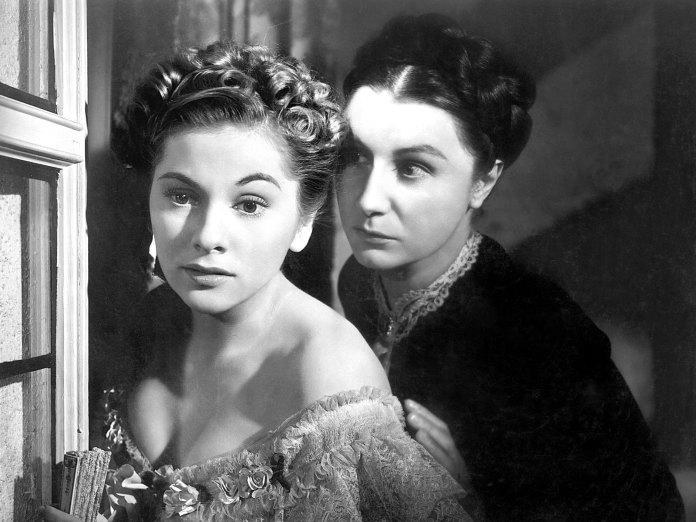 Transgressive femininity in Alfred Hitchcock's Rebecca