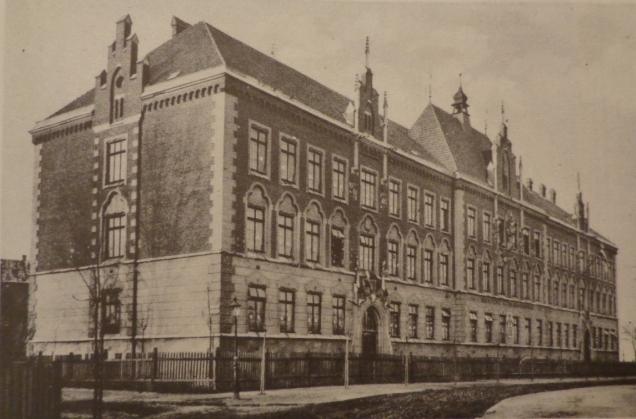 Szkoła_Sienkiewicza.