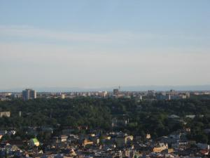 Widok z kopca Unii Lubelskiej - gmach Urzędu Skarbowego po lewej stronie