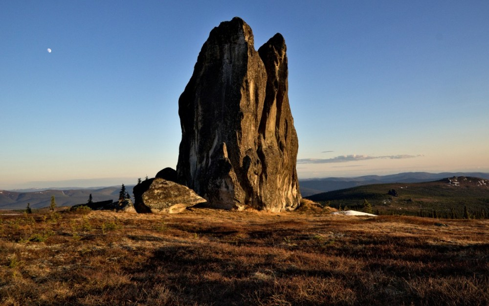 The Asgard Tor - lots of cool looking climbs on it. It's also beautiful in the evening light.