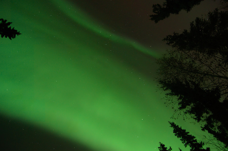 Early in the night the sky was filled with wide, diffuse bands. This is fairly typical for aurora early in the evening.
