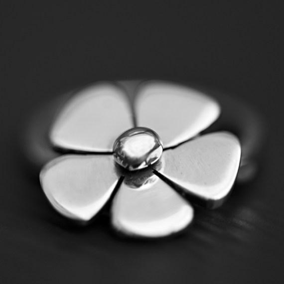 Daisy Ring