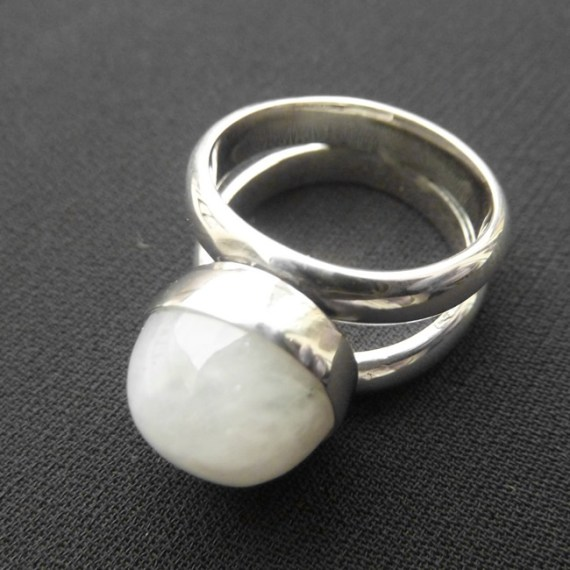 Birthstone Moonstone Ring