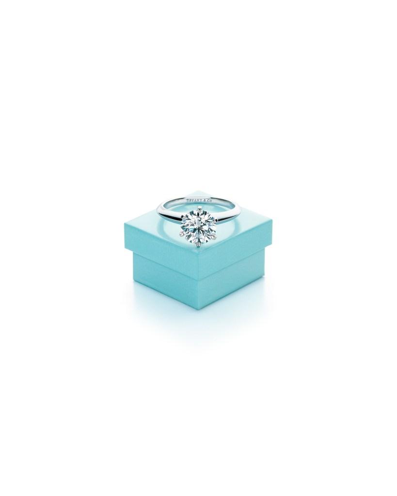 The Tiffany Setting and Tiffany Blue Box 1