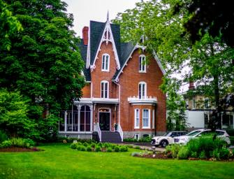 Merrill House Is A Beautiful Boutique Hotel In Prince Edward County