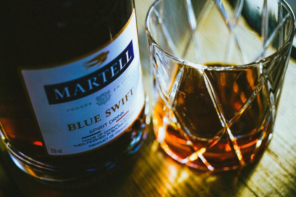 martell blue swift cognac 8