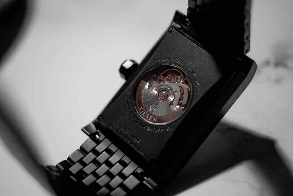 vieren watch matte black 02