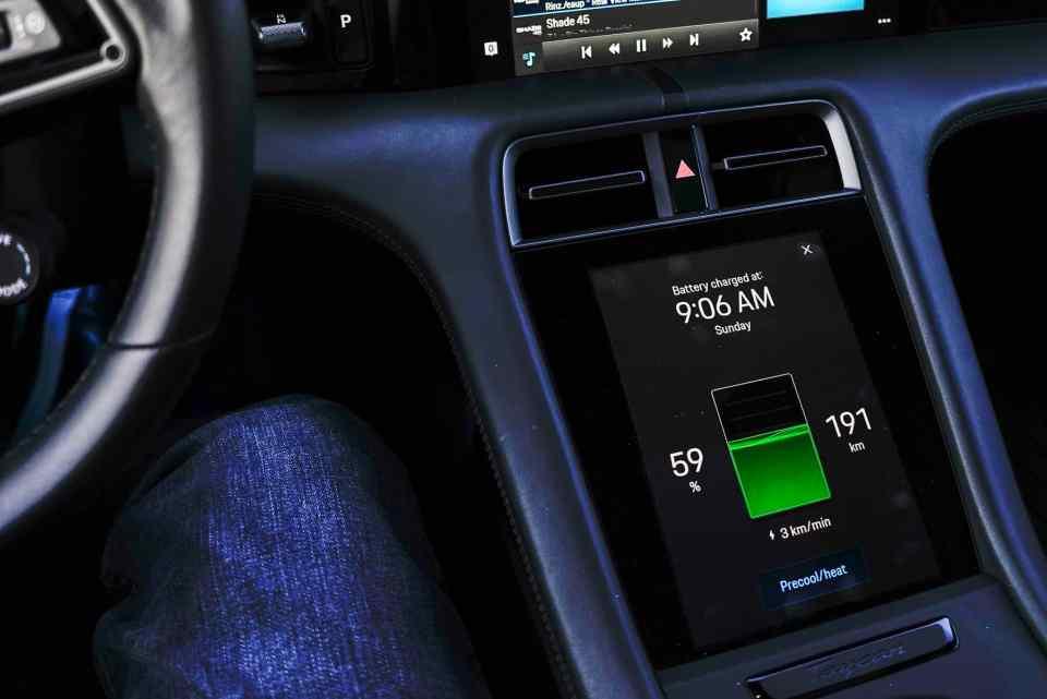 2021 porsche taycan electric sports car 6