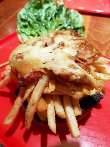 miss-kays-poutine-burger