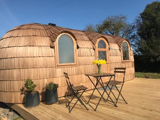 Prosecco glamping cabin in Spring