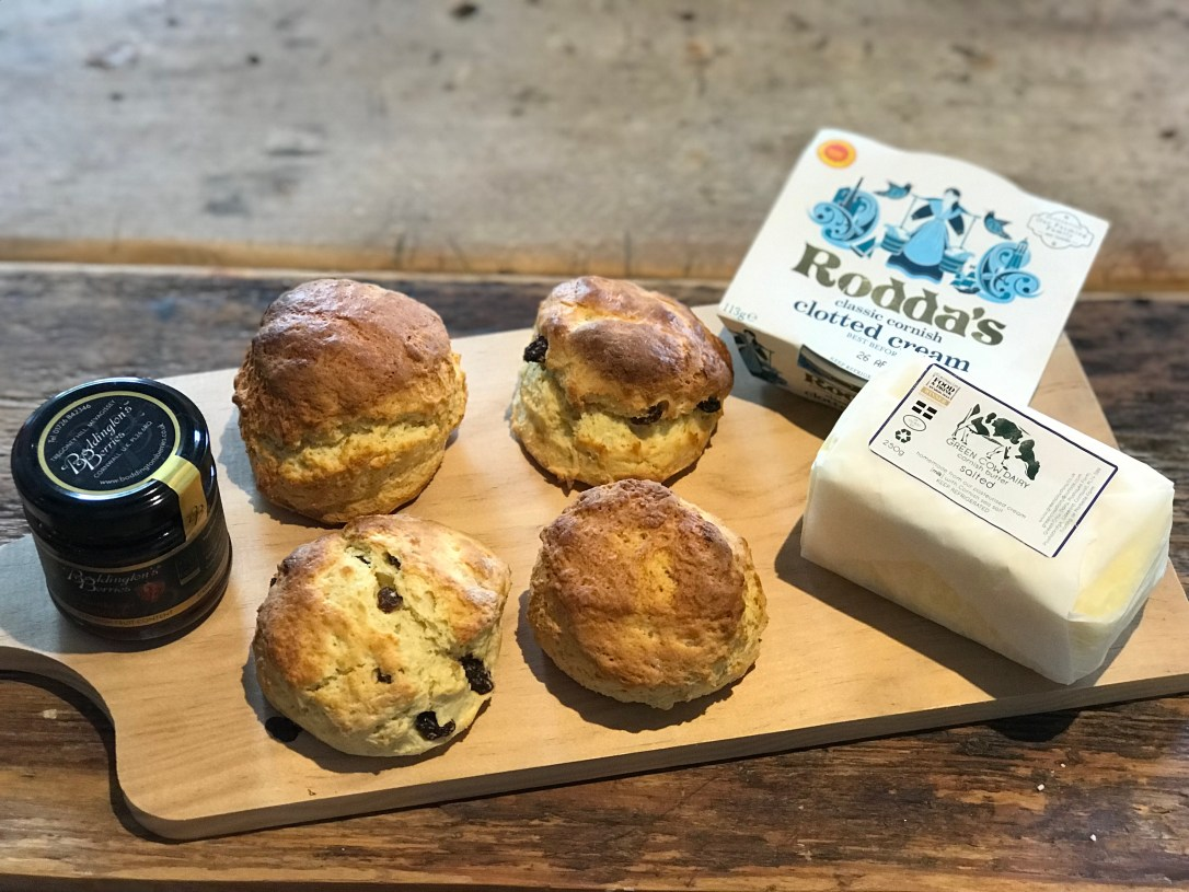 Cornish cream tea hamper