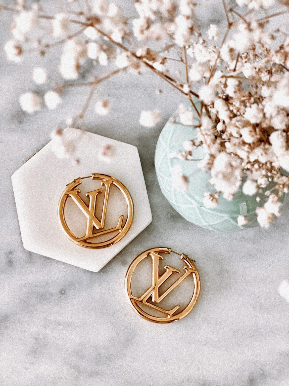 statment hoop earring louis vuitton