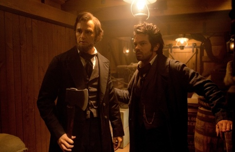 abraham-lincoln-vampire-hunter-with-henry1