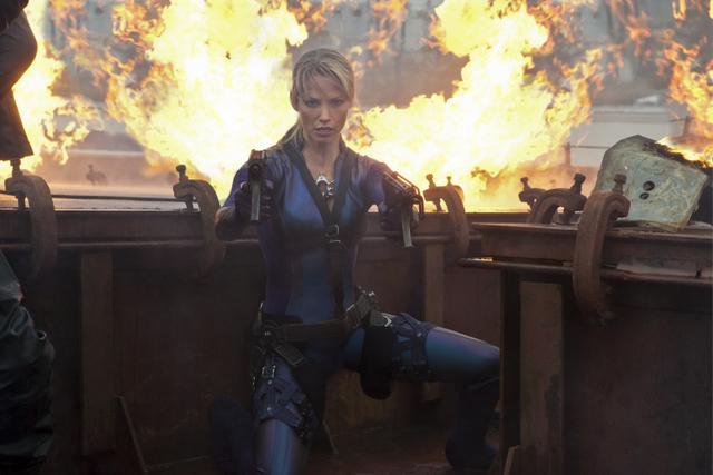 Evil Jill Valentine In Resident Evil Retribution Lyles Movie Files