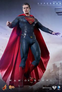 Hot Toys Man of Steel Superman hovering