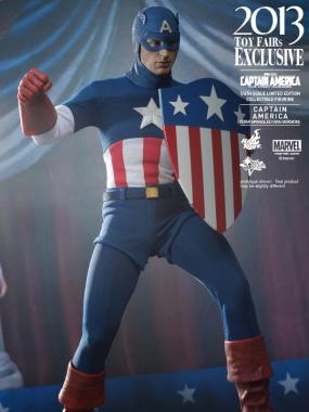 Hot Toys Captain America Star Spangled Man on stage