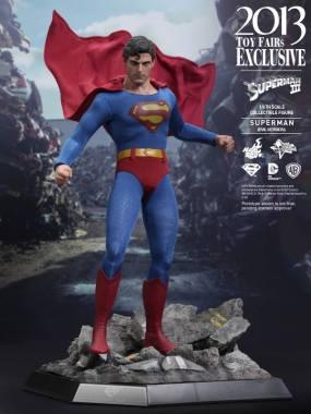 Hot Toys Superman III Evil Superman cape flow