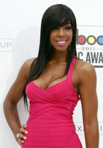 kelly-rowland-hot-in-pink-dress