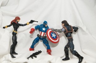 Black Widow, Captain America vs The Winter Soldier