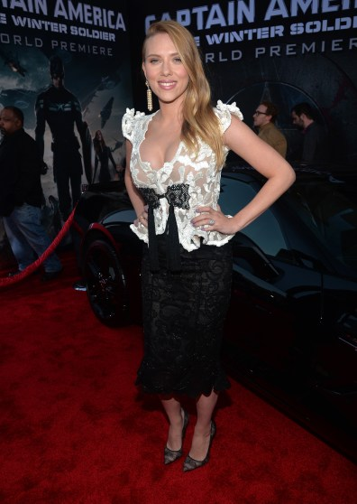 captain-america-the-winter-soldier-hollywood-premiere-scarlett-johansson-front