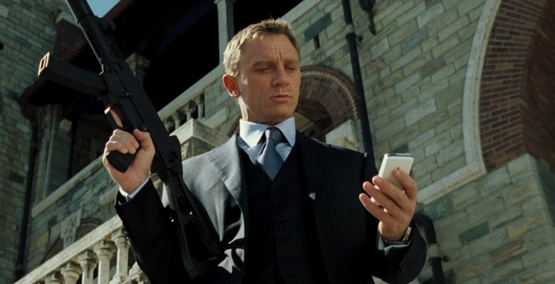 Casino Royale Daniel Craig in suit