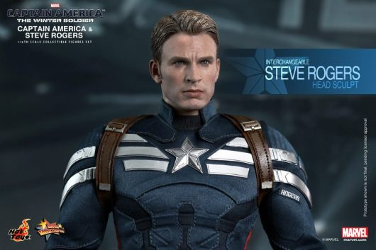 Hot Toys Captain America The Winter Soldier - Cap close up