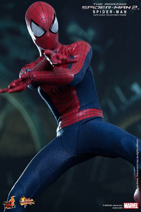 Hot Toys The Amazing Spider-Man 2 - Spider-Man shooting webs