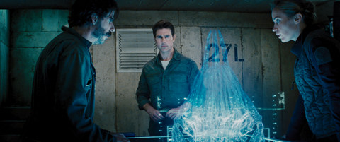 edge-of-tomorrow-noah-taylor-tom-cruise-and-emily-blunt