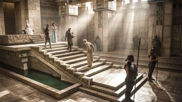 Game of Thrones s4ep10- Dany and her court