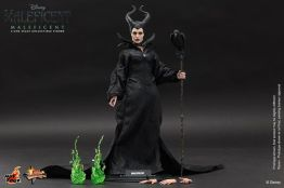 Hot Toys Maleficent accessories