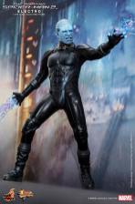 Hot Toys The Amazing Spider-Man 2 - Electro standing with bolts