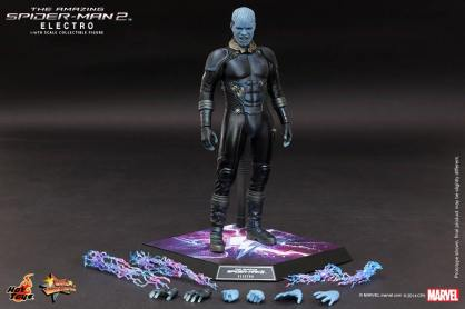 Hot Toys The Amazing Spider-Man 2 - Electro with accessories