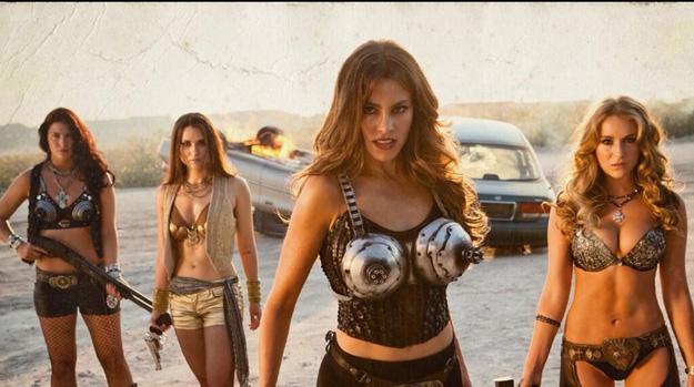 Machete Kills - Sofia Vergara and Alexa Vega