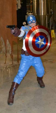 Cosplay C - Jordan as Captain America