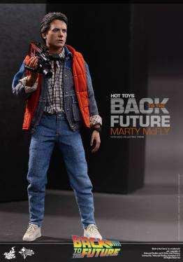Hot Toys Back to the Future Marty McFly with recorder
