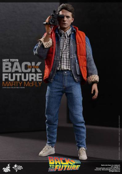 Hot Toys Back to the Future Marty McFly with video recorder