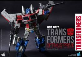 Hot Toys Gen 1 Optimus Prime shooting