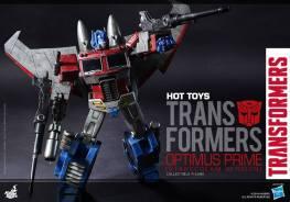 Hot Toys Gen 1 Optimus Prime shooting