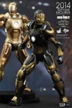 Hot Toys Iron Man Mark XX Python Armor - with Midas armor behind