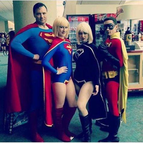 sdcc2014 cosplay - Angi V and DC family
