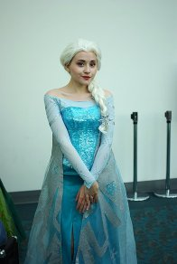 """""""Frozen's"""" Elsa"""